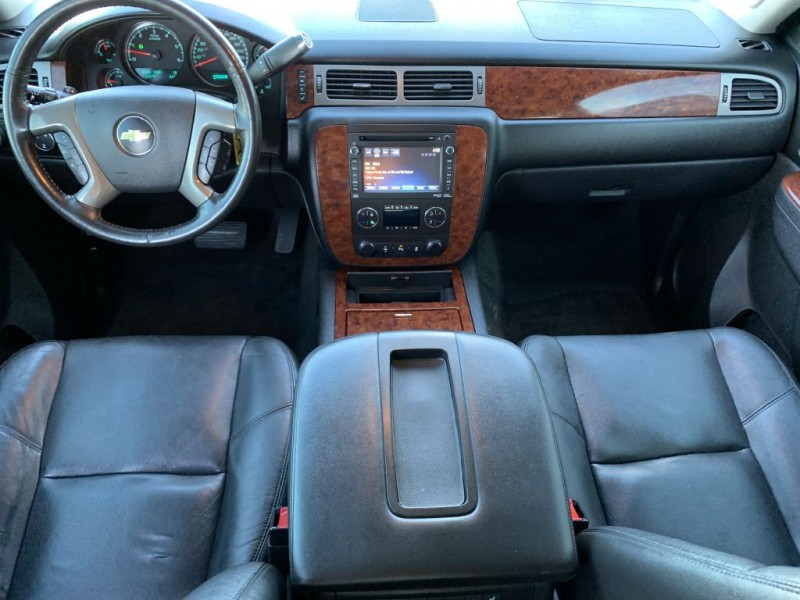 CHEVROLET SUBURBAN 2012 price $21,975