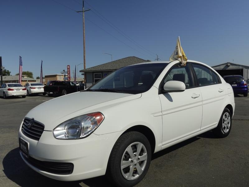 Hyundai Accent 2011 price $7,500