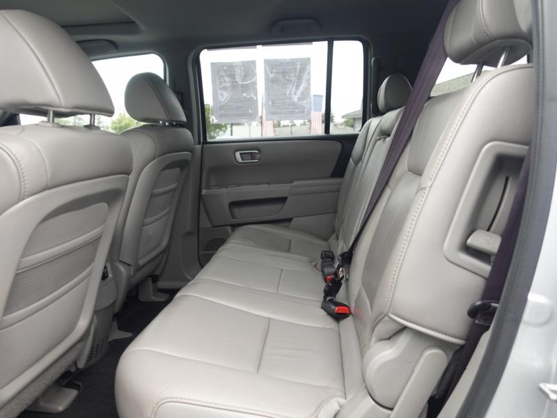 Honda Pilot 2011 price $17,950