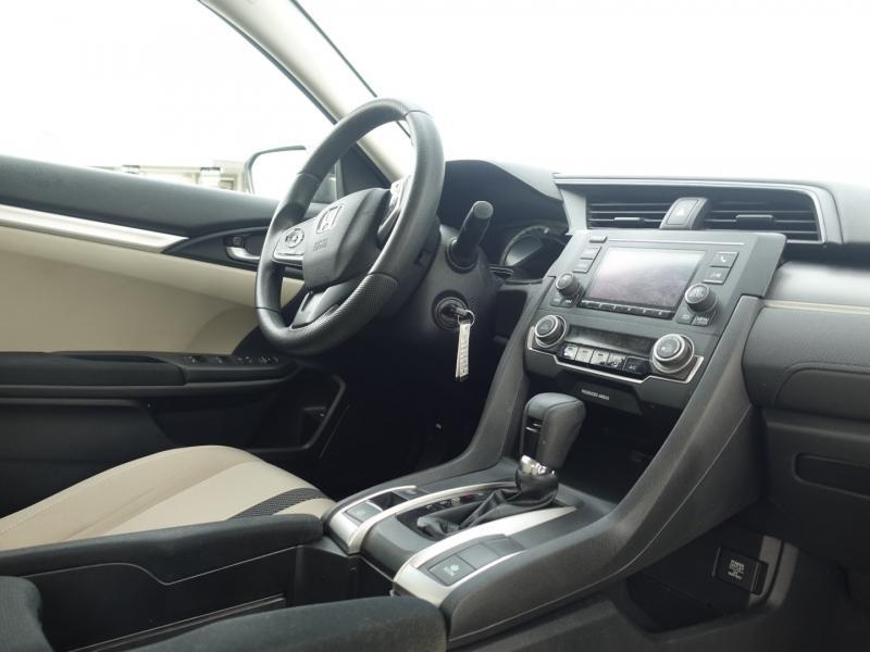 Honda Civic Sedan 2016 price $17,950