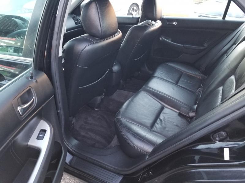 Honda Accord Sdn 2004 price $4,950