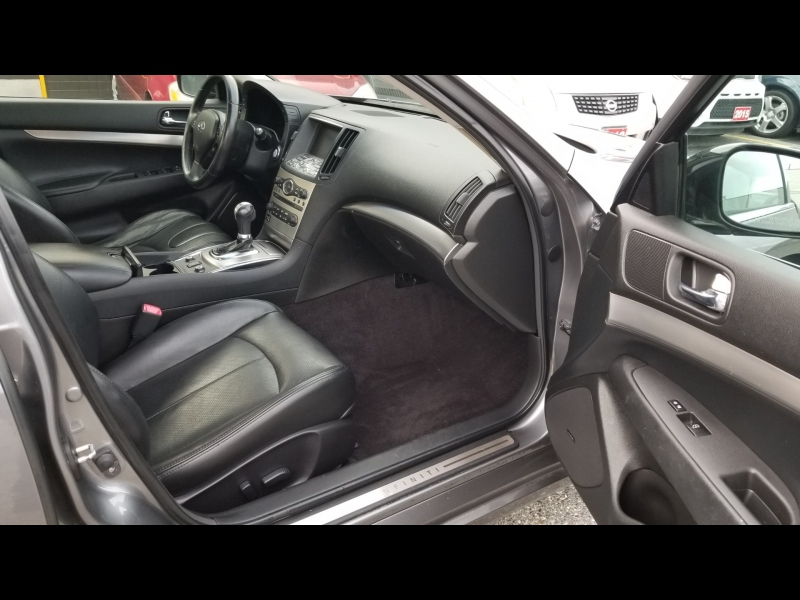 Infiniti G37 Xdrive Sedan 2012 price $11,950