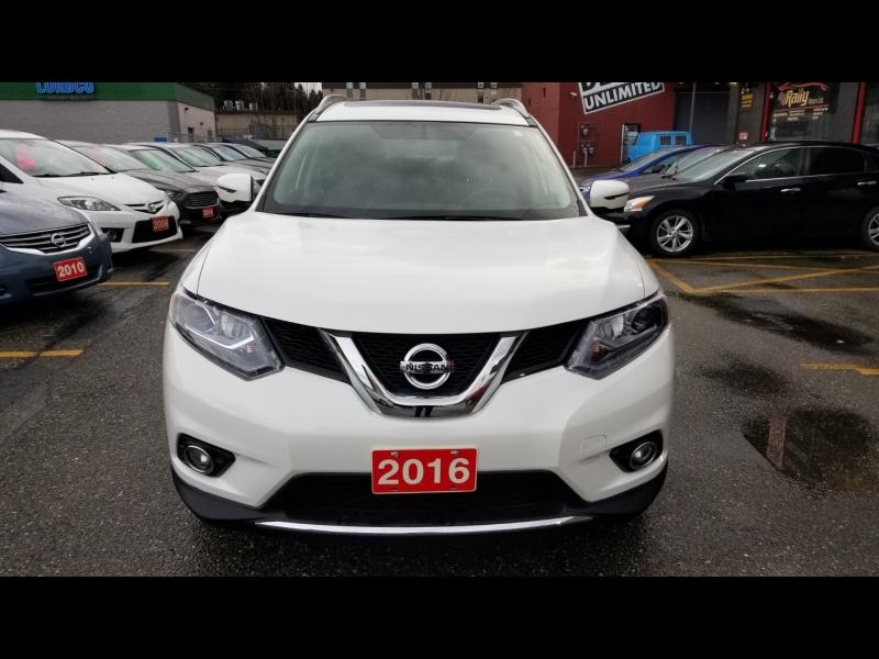Nissan Rogue 2016 price $16,950