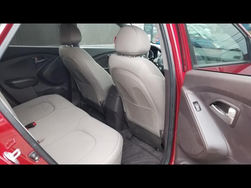Hyundai Tucson 2014 price $10,950