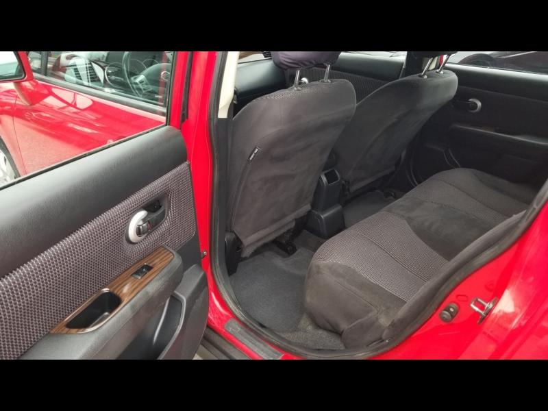 Nissan Versa 2010 price $7,950