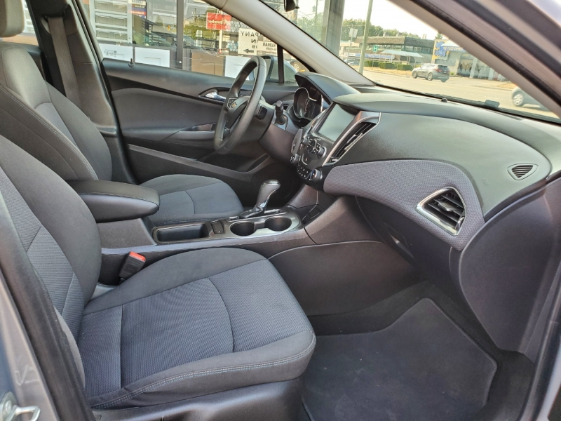 Chevrolet Cruze 2018 price $14,950