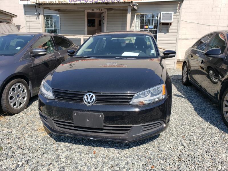 Volkswagen Jetta Sedan 2011 price $7,900