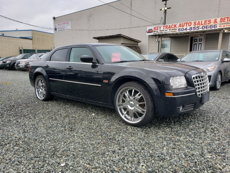Chrysler 300 2009 price $6,490