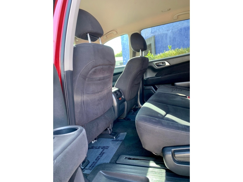 Nissan Pathfinder 2013 price $1,900 Down