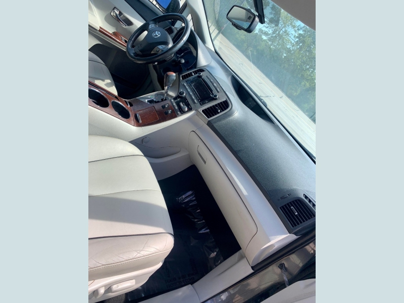 Toyota Venza 2011 price $1,800 Down