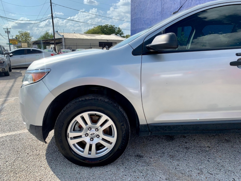 Ford Edge 2013 price $1,700 Down