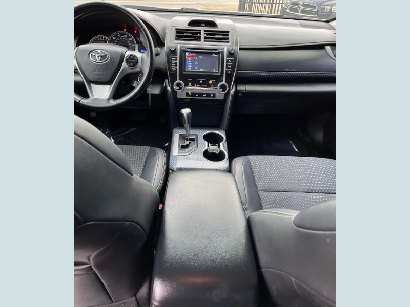 Toyota Camry 2014 price $2,600 Down