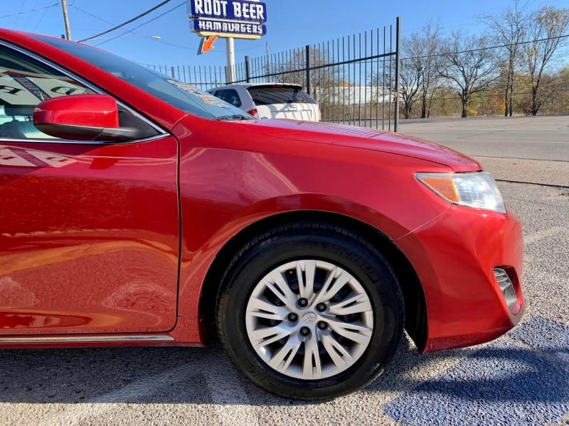 Toyota Camry 2014 price $2,000 Down