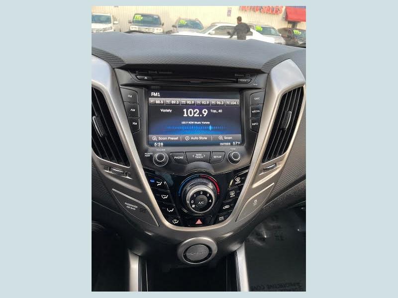 Hyundai Veloster 2012 price $1,500