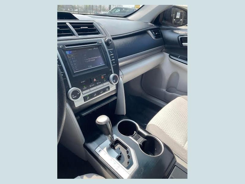 Toyota Camry 2014 price $2,300 Down