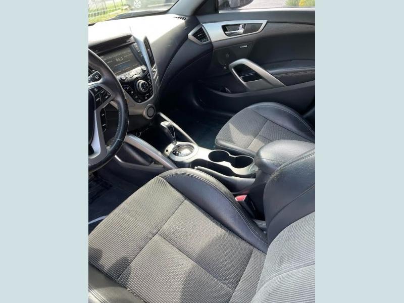Hyundai Veloster 2013 price $1,300 Down