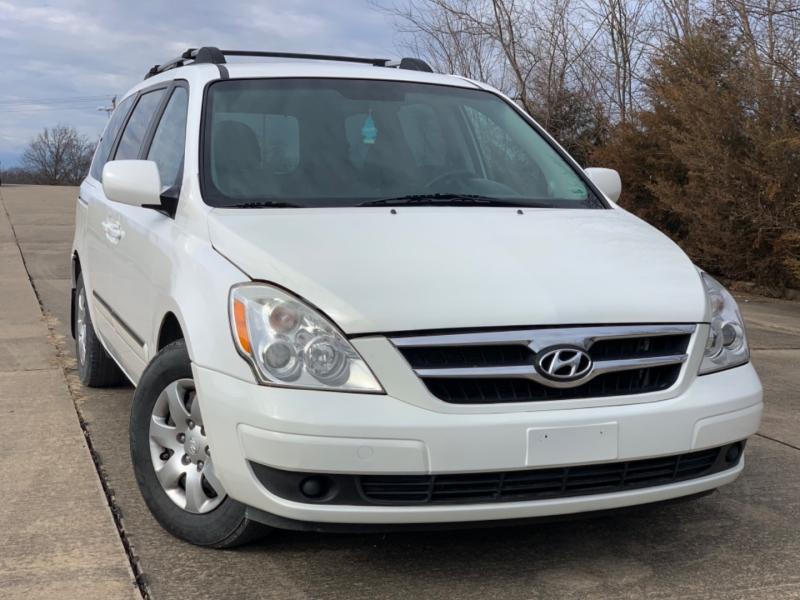 Hyundai Entourage 2008 price $3999 CASH