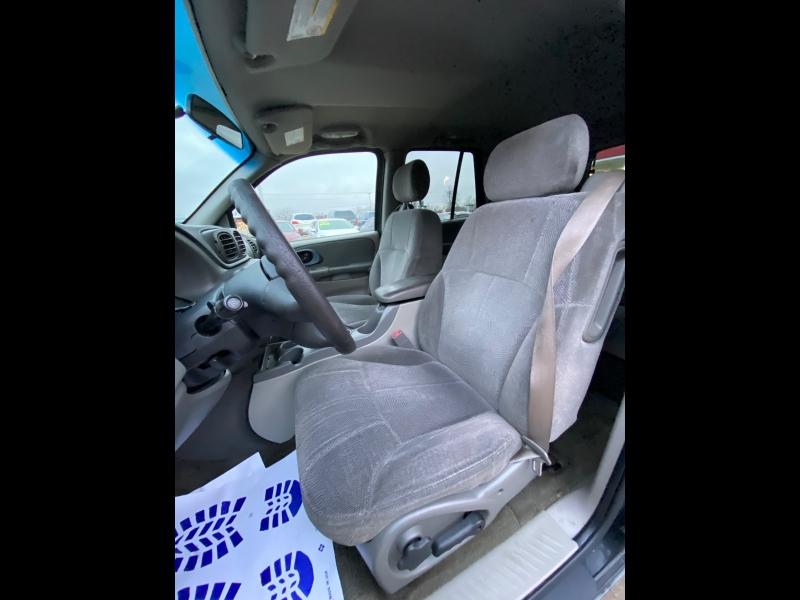 Chevrolet TrailBlazer 2004 price $2499 CASH **AS IS **