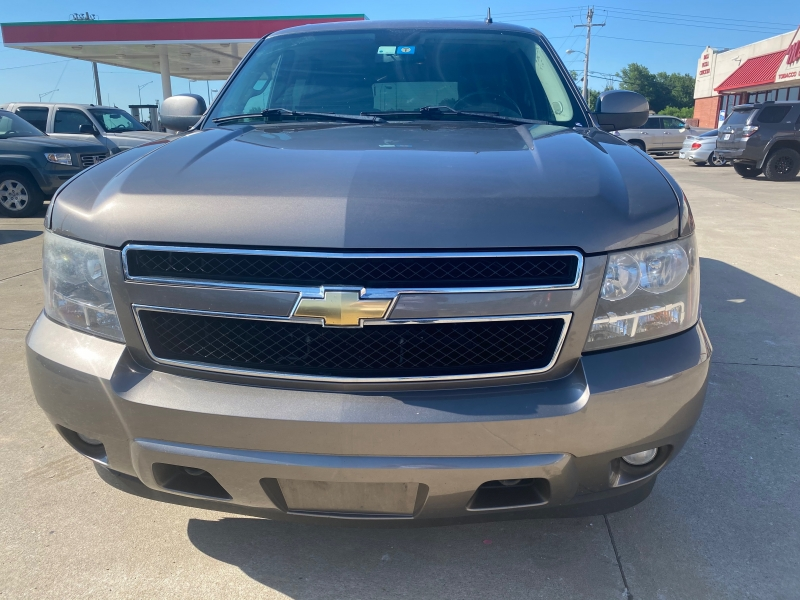 Chevrolet Suburban 2011 price $7999 CASH