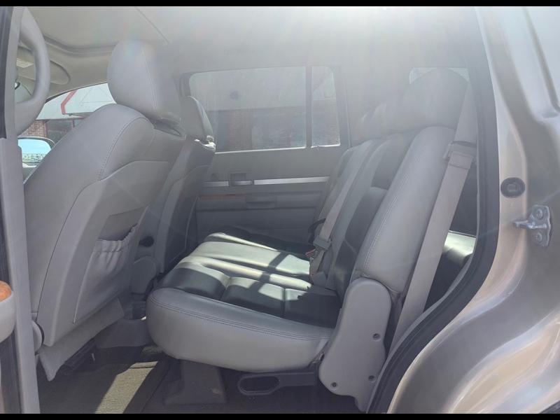 Chrysler Aspen 2008 price $5999 CASH