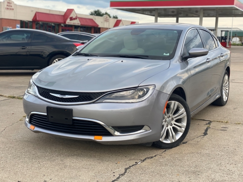 Chrysler 200 2015 price $7999 CASH
