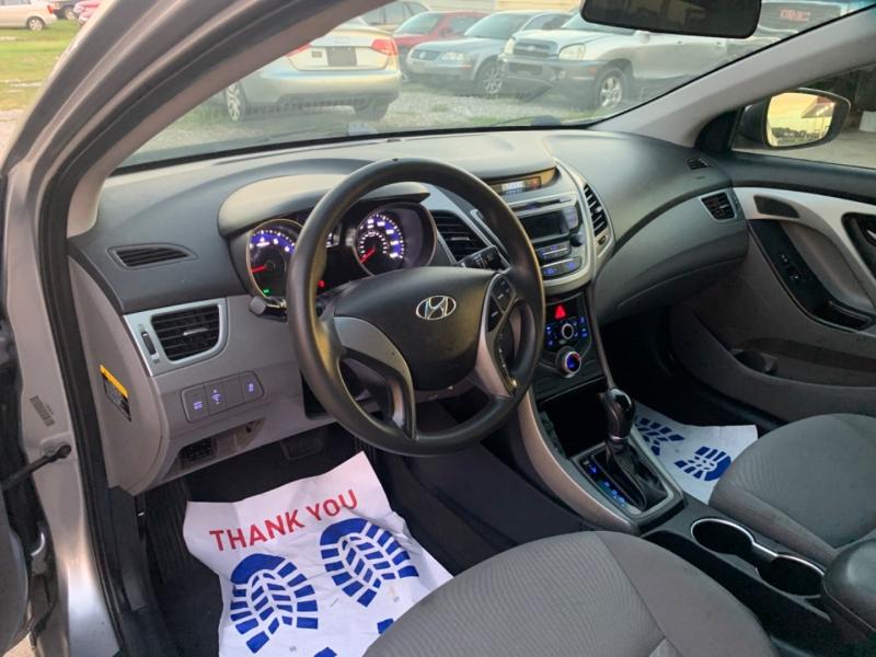 Hyundai Elantra 2015 price $4999 CASH