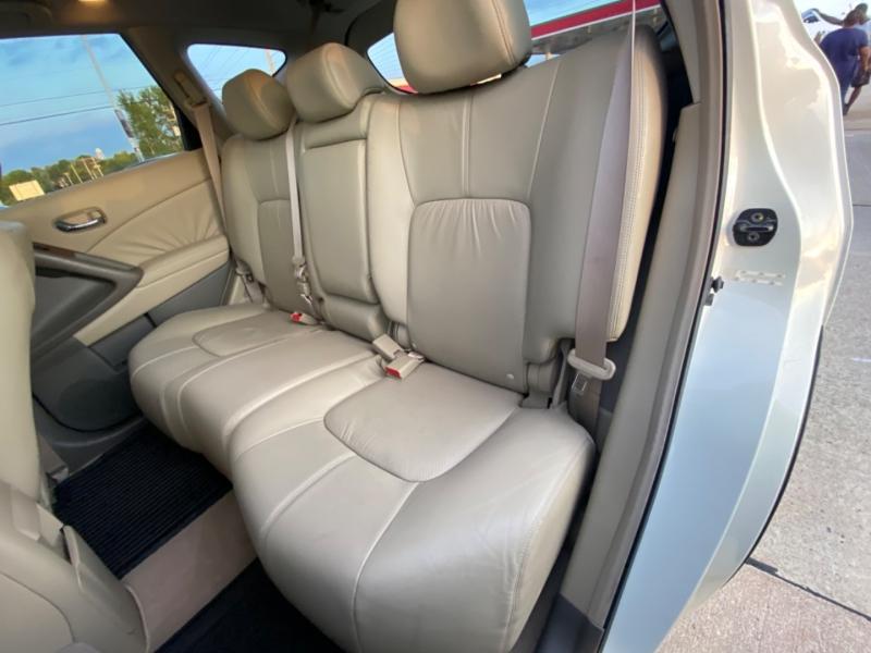 Nissan Murano 2009 price $7999 CASH