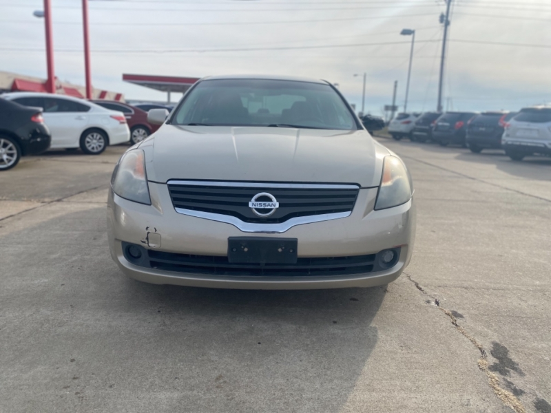 Nissan Altima 2009 price $1900 CASH ** AS IS**