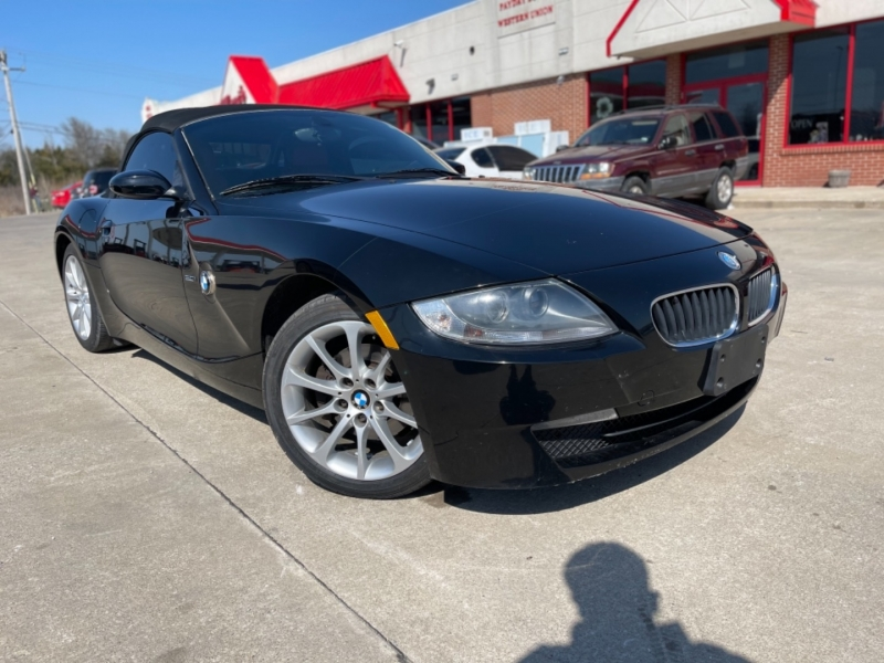BMW Z4 2007 price $9,999 CASH
