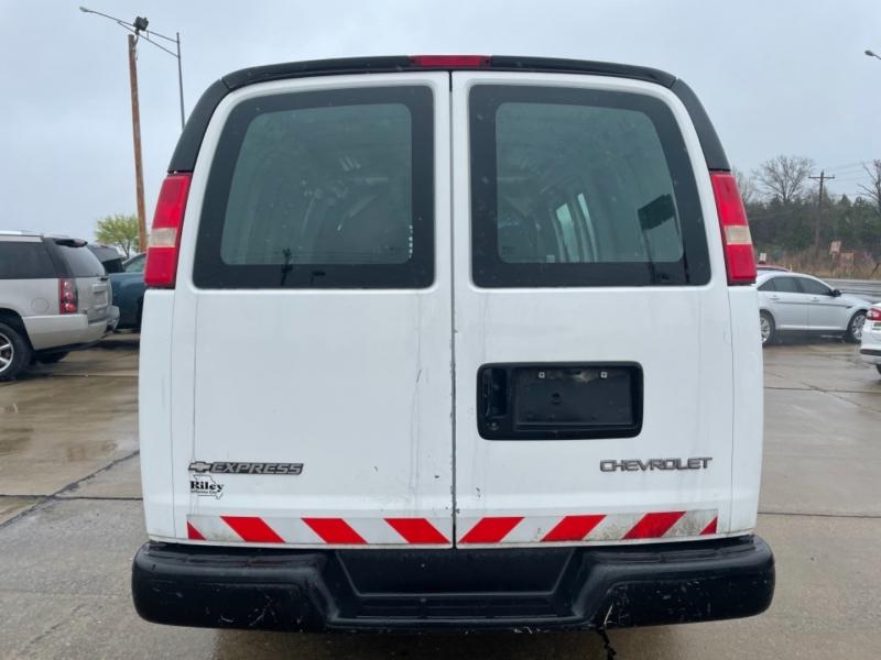 Chevrolet Express Cargo Van 2005 price $7999 CASH