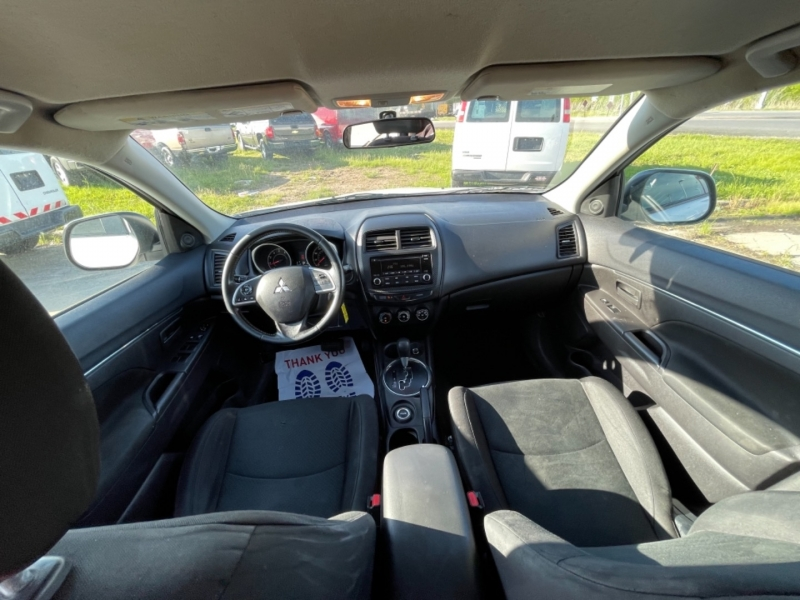 Mitsubishi Outlander Sport 2015 price $10,999 CASH