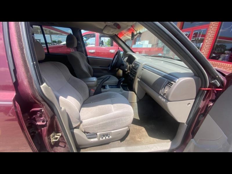Jeep Grand Cherokee 2001 price $1500 CASH