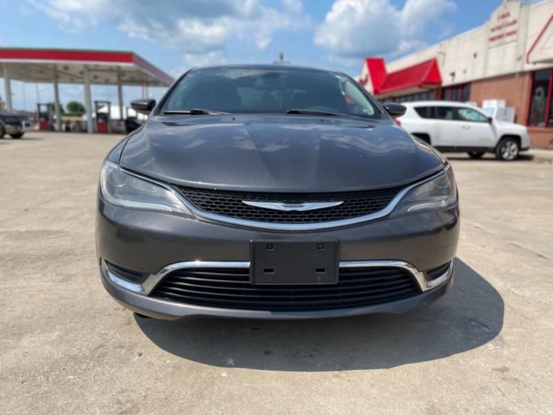 Chrysler 200 2015 price $10,999 CASH