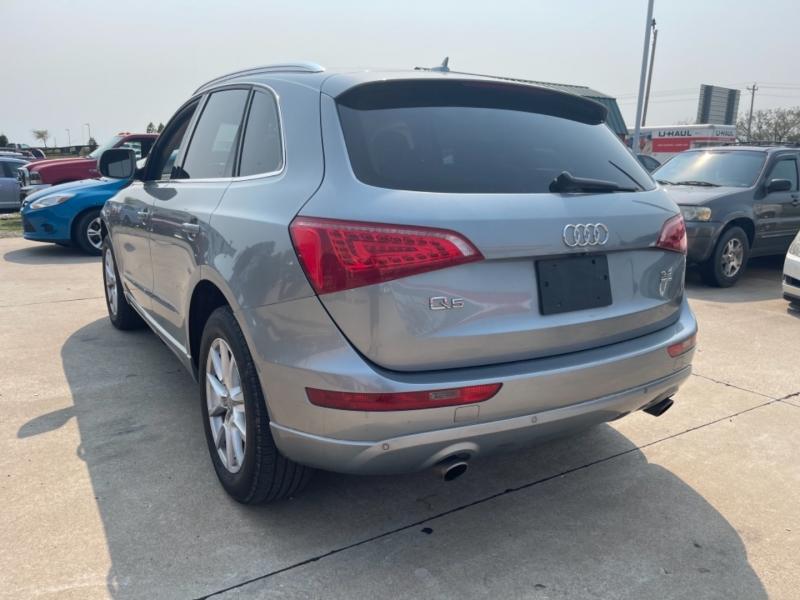 Audi Q5 2010 price $13,999 Cash