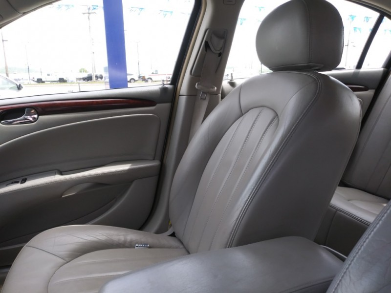 Buick Lucerne 2006 price Call us