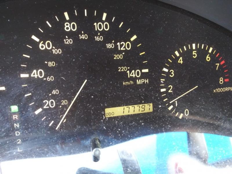 Lexus RX 300 Luxury SUV 1999 price Call us