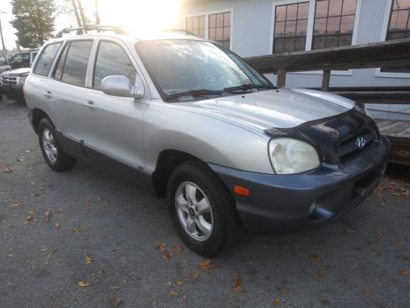 Hyundai Santa Fe 2005 price Call us