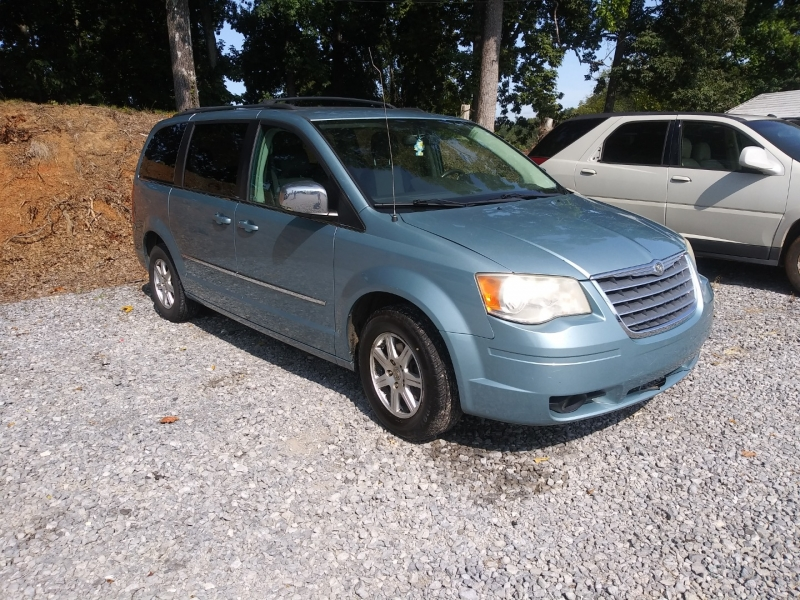 Chrysler Town & Country 2010 price Call us