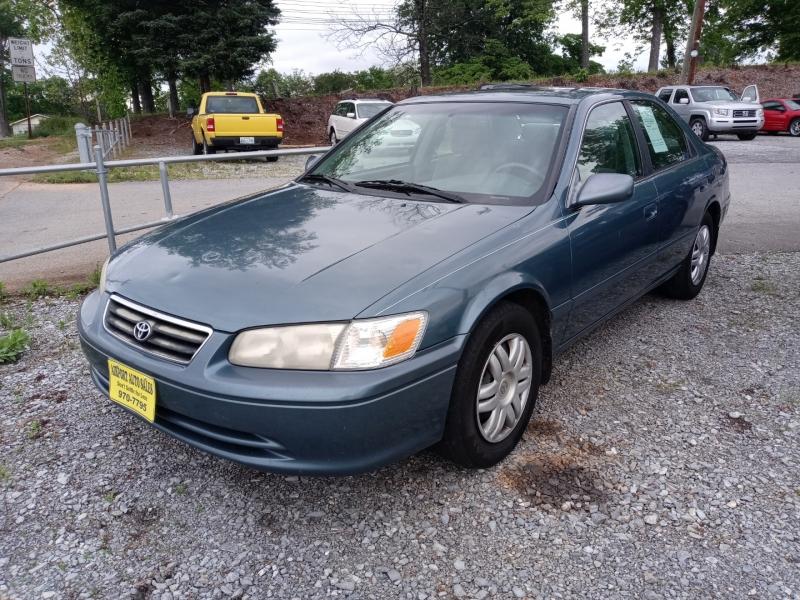 Toyota Camry 2001 price Call us
