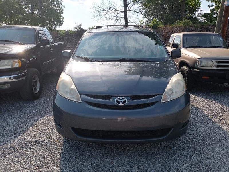 Toyota Sienna 2009 price Call us