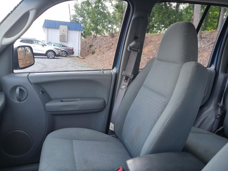 Jeep Liberty 2005 price Call us