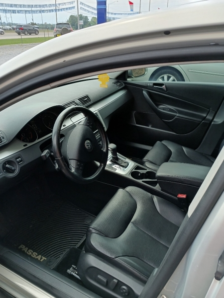 Volkswagen Passat Sedan 2009 price Call Us