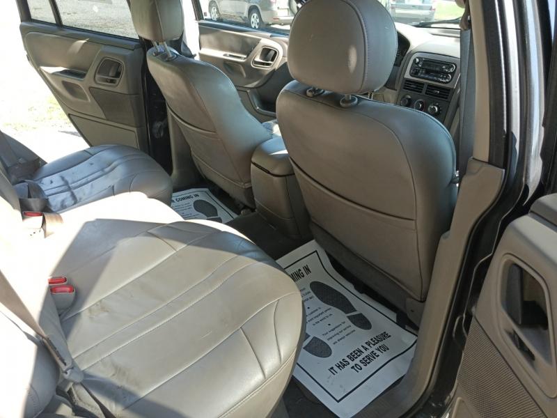 Jeep Grand Cherokee 2004 price $3,200 Cash