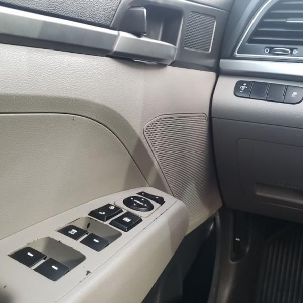 Hyundai Elantra 2017 price $9,999