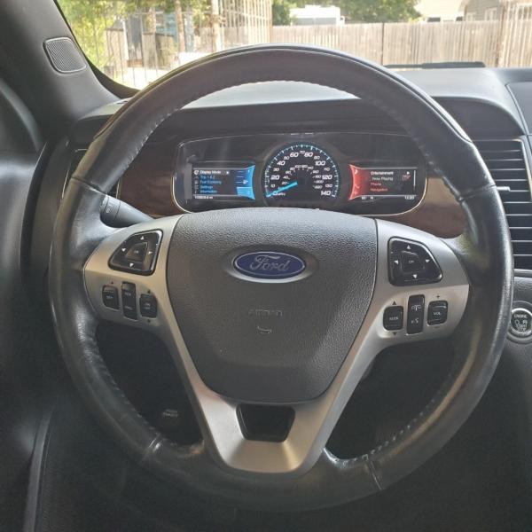 Ford Taurus 2013 price $8,999