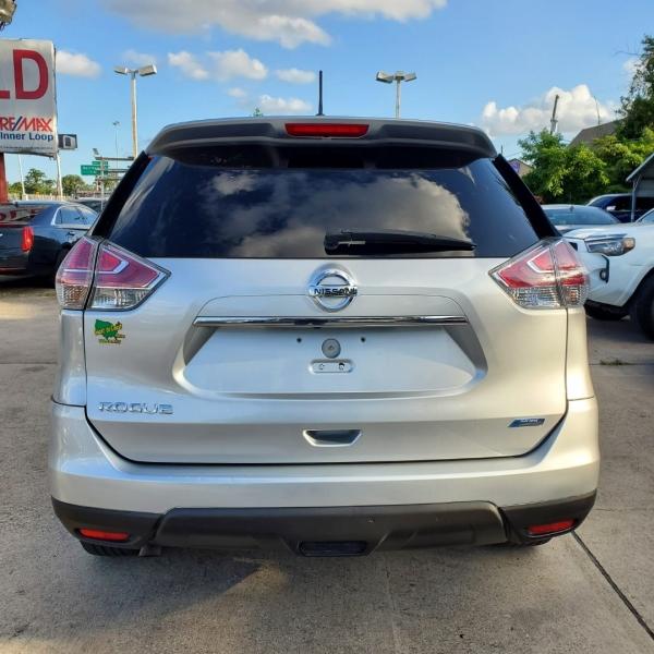 Nissan Rogue 2014 price $8,888