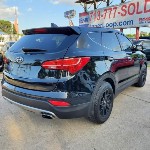 Hyundai Santa Fe 2013 price $10,000
