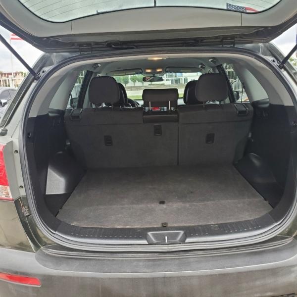 Kia Sorento 2012 price $5,999