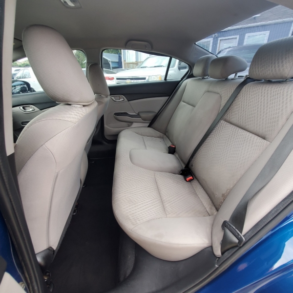 Honda Civic Sedan 2015 price $7,300
