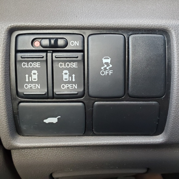 Honda Odyssey 2012 price $10,499